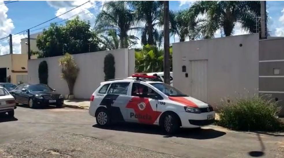 Casa onde ocorreu o feminicídio e suicídio (Foto: Carioca Notícias)