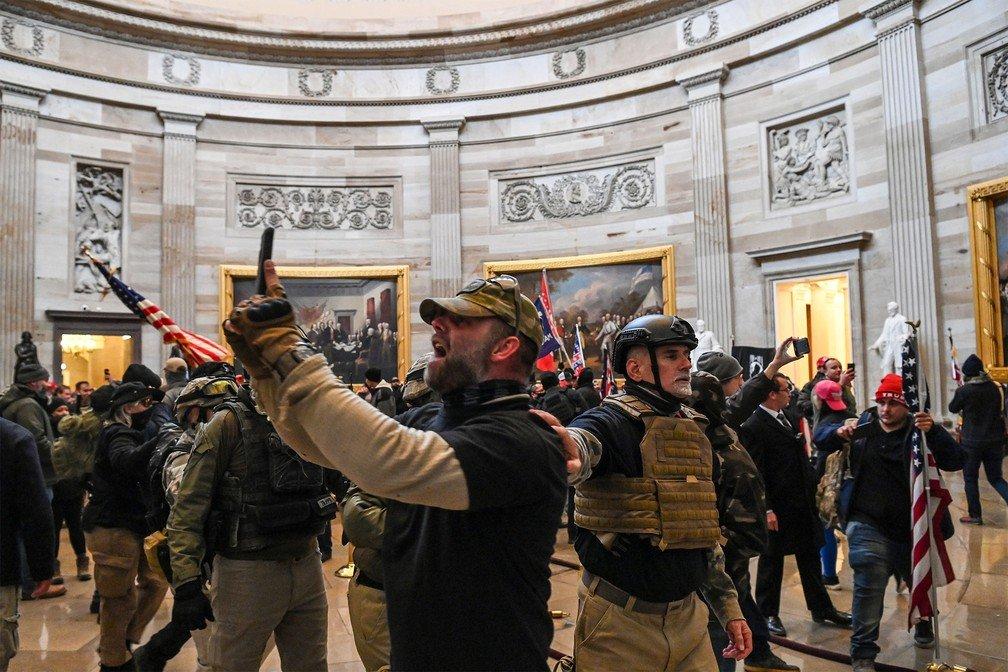 Invasão do Capitólio (Foto: Julio Cortez/AP)