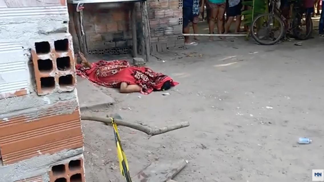 Mulher foi morta a facadas na Usina Santana - Foto: Reprodução/Rede MN