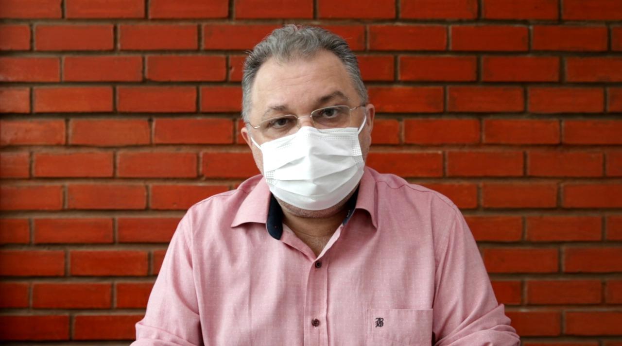 Secretário destaca que é essencial que todos tomem a segunda dose - Foto: Divulgação/Sesapi
