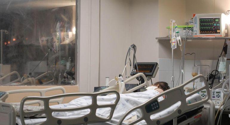 Brasil registra 176 mortes e 7.852 novos casos de Covid em 24 horas