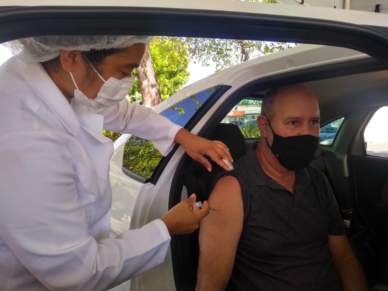 FMS suspende vacinação de drive em Teresina