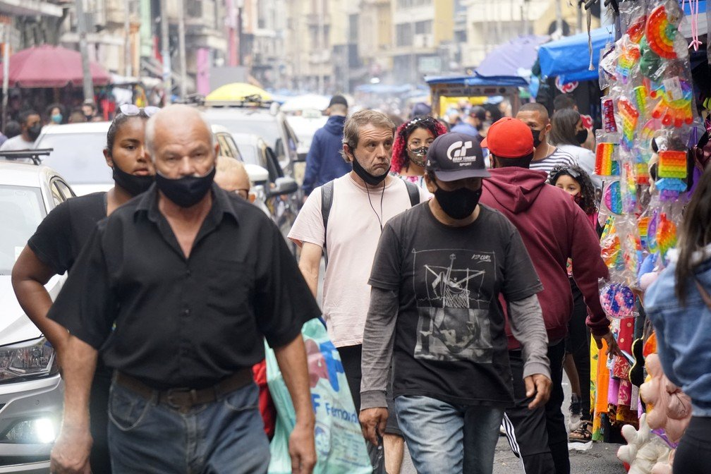 Uso de máscaras segue obrigatório em São Paulo Foto: Cris Faga/Estadão Conteúdo