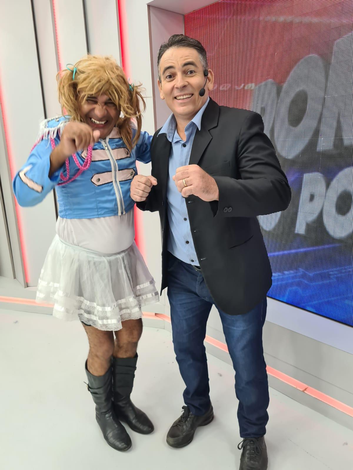 """TBT: """"Xuxa"""" vai ao Ronda na Semana da Criança e faz a festa dos baixinhos  - Imagem 1"""