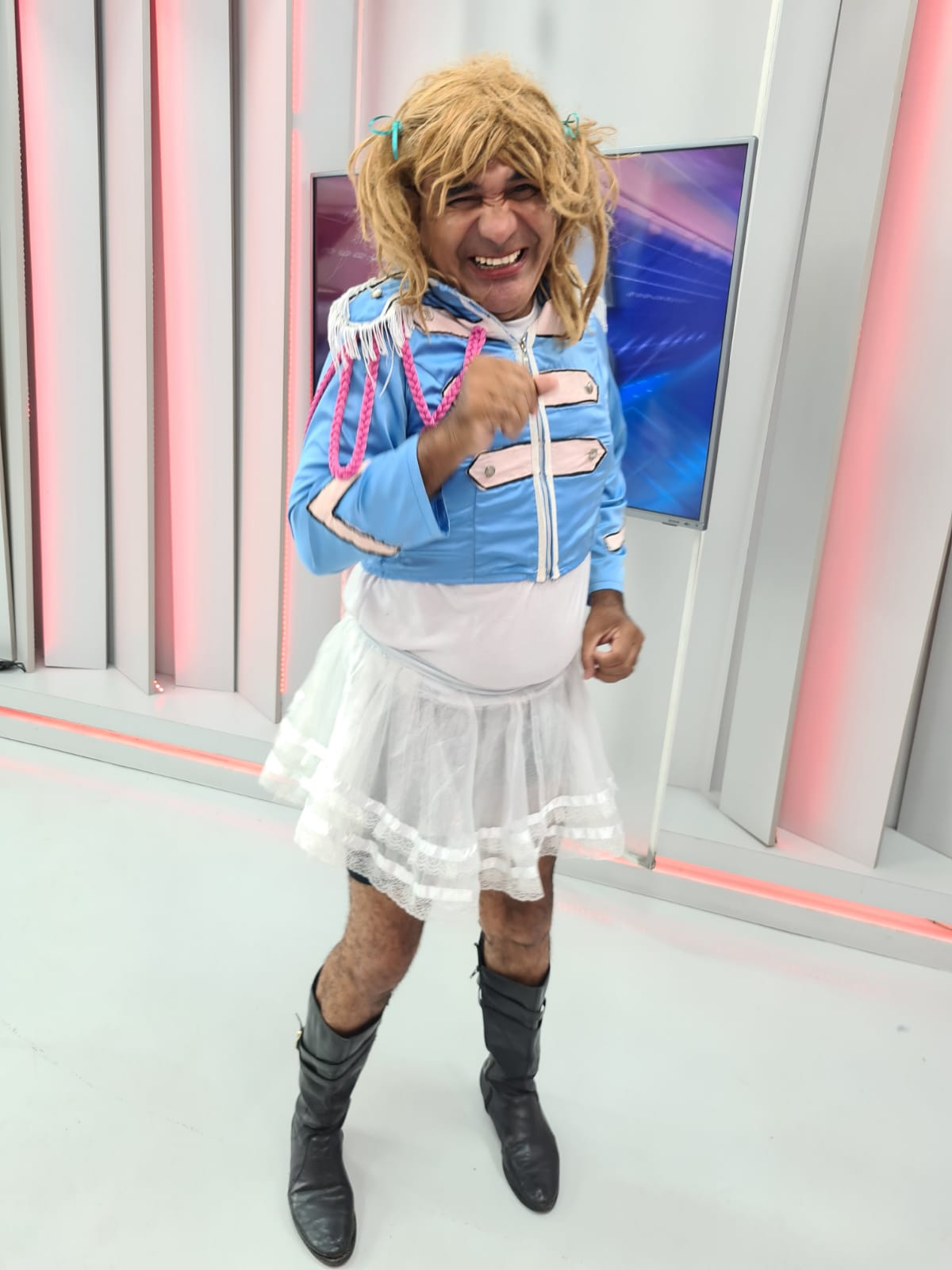 """TBT: """"Xuxa"""" vai ao Ronda na Semana da Criança e faz a festa dos baixinhos  - Imagem 2"""