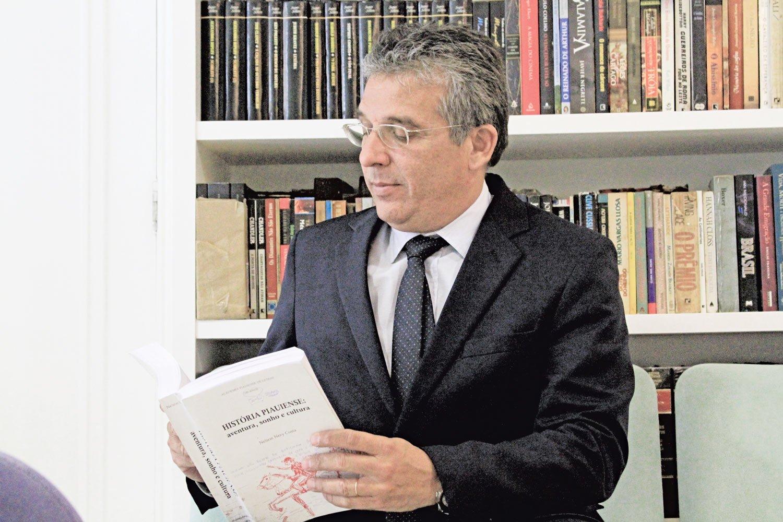 Nelson Nery chegou a presidência da APL com o apoio de M. Paulo Nunes Divulgação