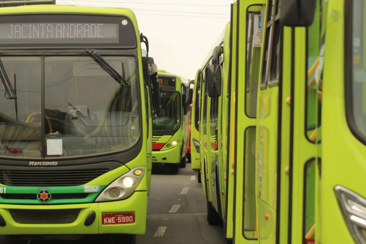 Motoristas e cobradores de ônibus farão paralisação nesta terça-feira (Foto: Raíssa Morais/ Portal Meio Norte)