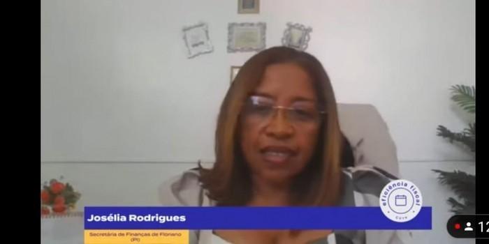 Josélia Rodrigues representa o Piauí e Floriano em evento nacional