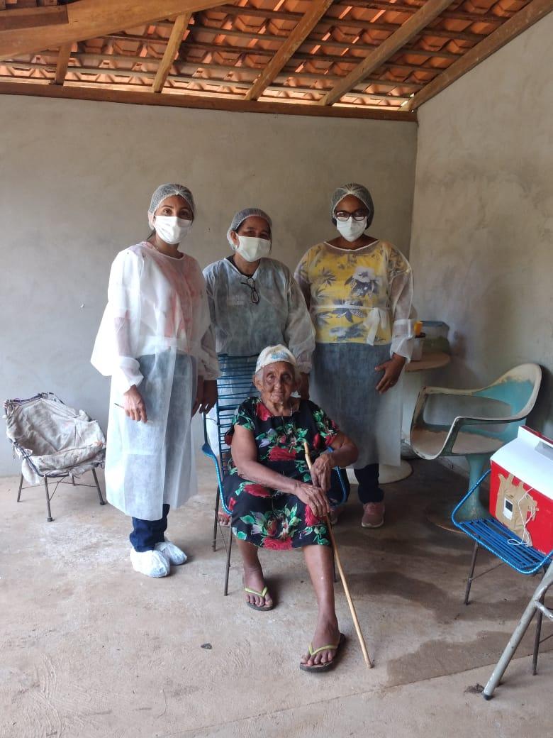 Esperanças. É essa a palavra que define o início da vacinação em Idosos em Monsenhor Gil - Imagem 6