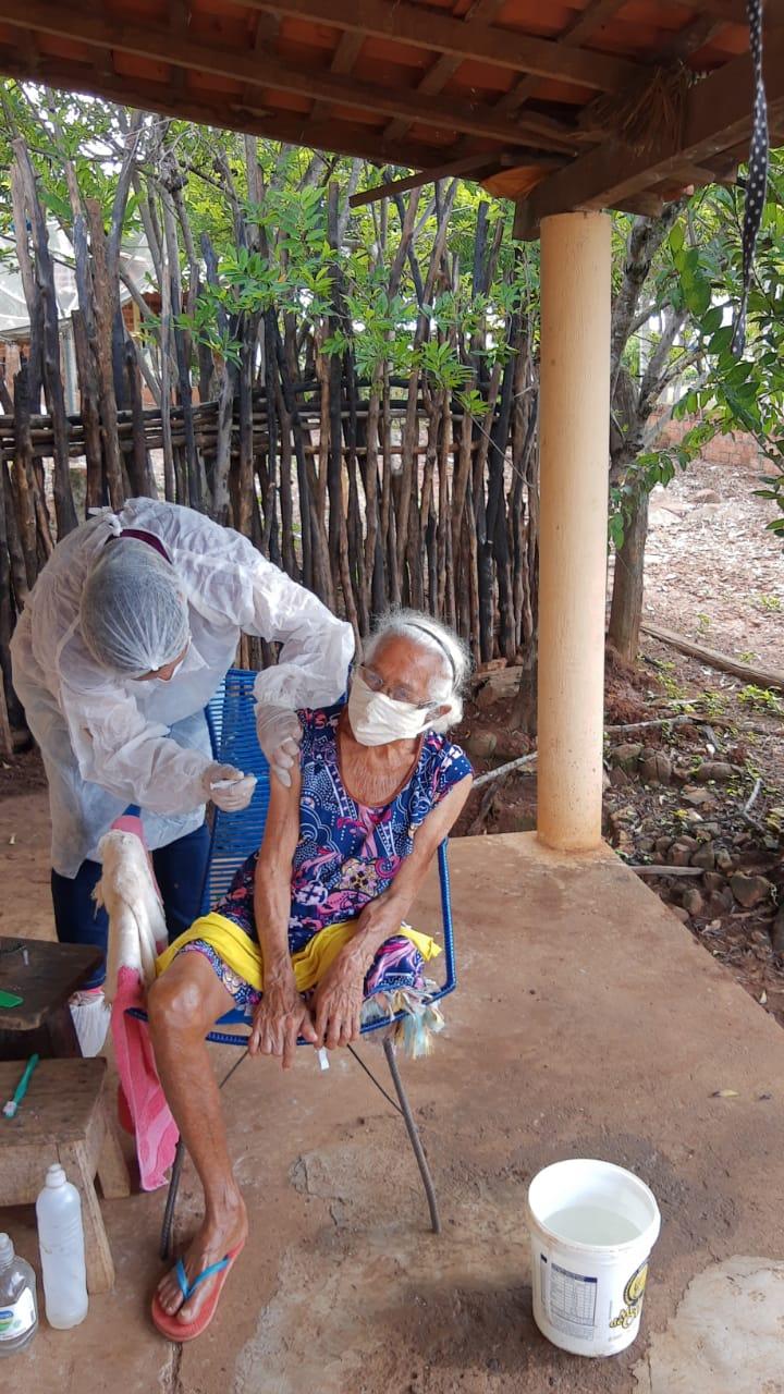 Esperanças. É essa a palavra que define o início da vacinação em Idosos em Monsenhor Gil - Imagem 11