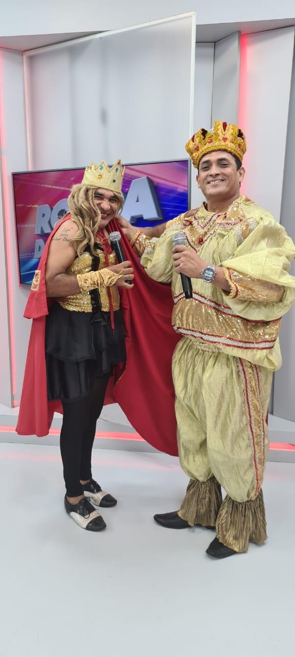 Segunda animada  com o Rei Momo e Rainha do carnaval  no Ronda do Povão - Imagem 3
