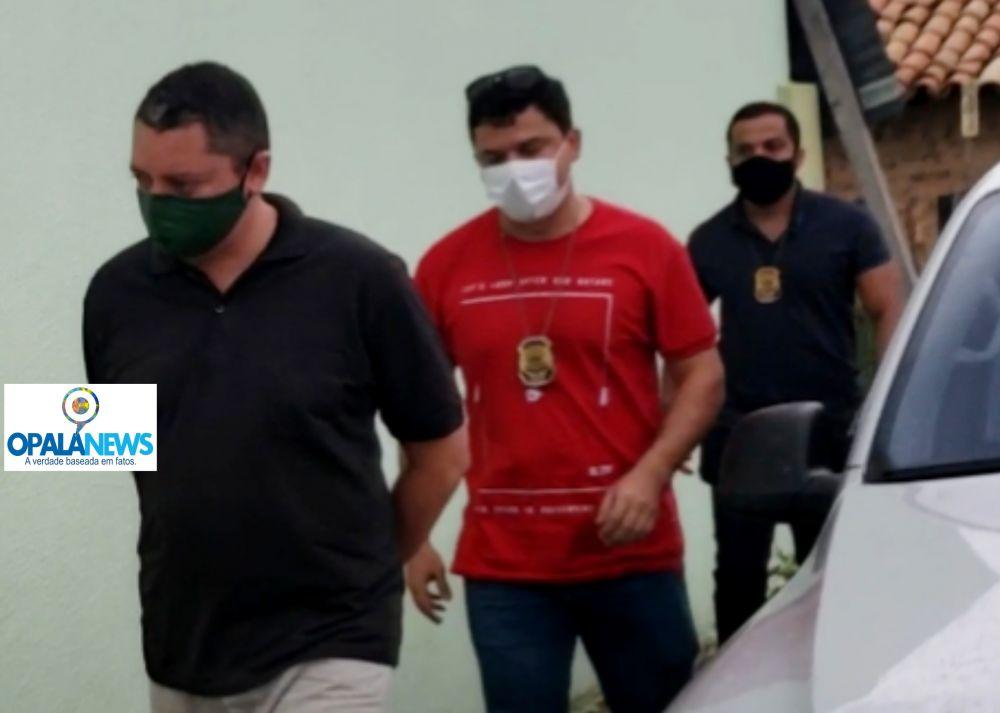 Momento da prisão do jornalista na cidade de Pedro II - Foto: Opala News