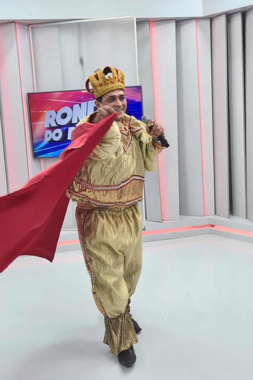 Segunda animada  com o Rei Momo e Rainha do carnaval  no Ronda do Povão - Imagem 1