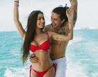 """Whindersson Nunes se declara para namorada em post: """"Amo tanto""""; fotos"""