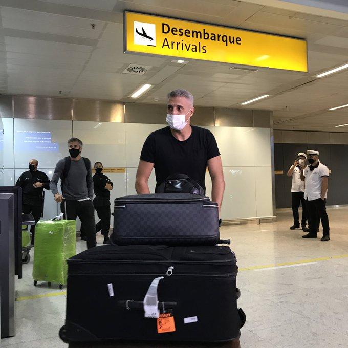 Crespo chega ao Brasil para iniciar trabalho como técnico do São Paulo