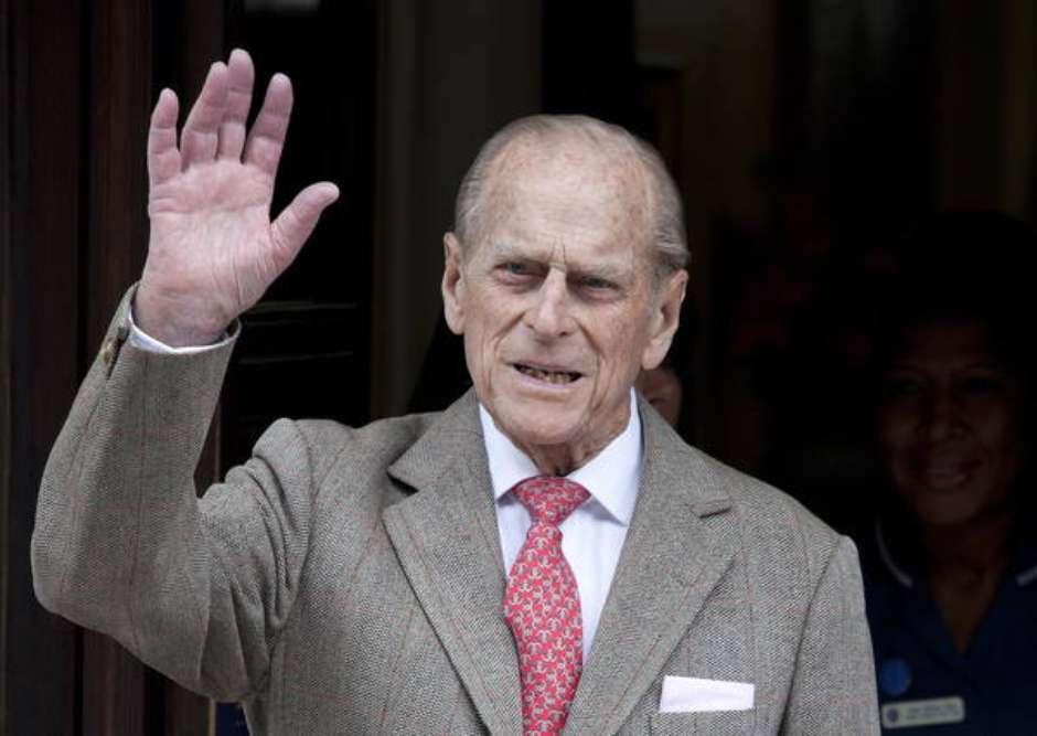 Aos 99 anos, príncipe Philip é internado no Reino Unido - Imagem 1