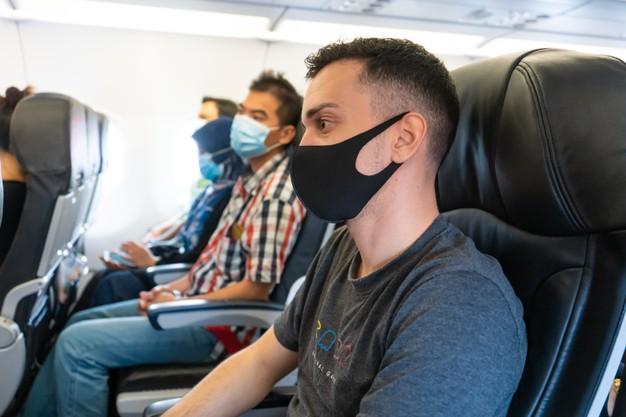 Companhias aéreas proíbem embarque com máscaras de válvula ou de pano - Imagem 2