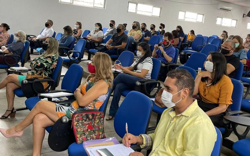 Semec reúne pedagogos para discutir retorno às aulas em Teresina (Foto: Ascom Semec)
