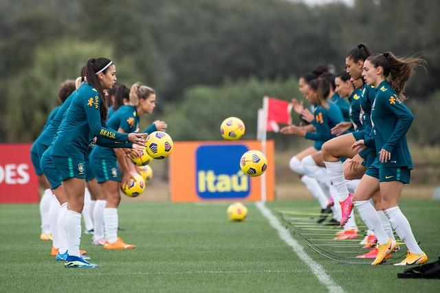 A seleção brasileira feminina estreia nesta quinta no torneio SheBelieves Cup, nos EUA — Foto: Sam Robes/CBF