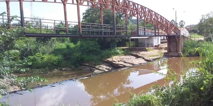 Prefeito João Luiz mantém seu compromisso de cidade limpa em Monsenhor Gil