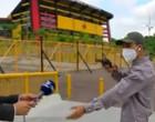 """Equipe de televisão é assaltada durante """"ao vivo"""" no Equador; assista!"""