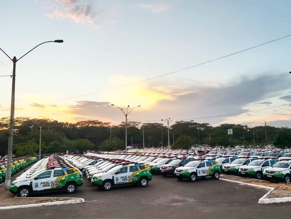 Prefeito João Luiz recebe viatura policial okm para Monsenhor Gil - Imagem 1