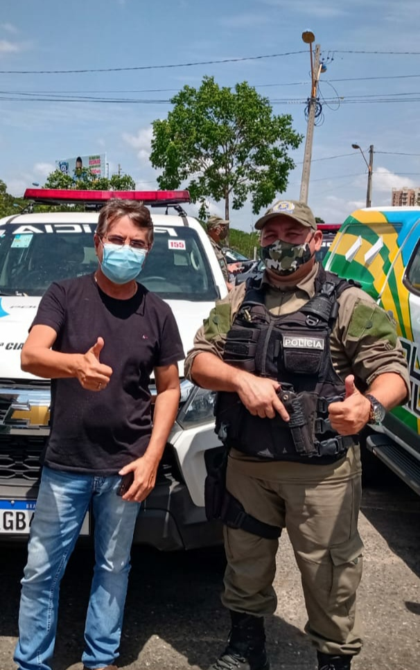 Prefeito João Luiz recebe viatura policial okm para Monsenhor Gil - Imagem 7