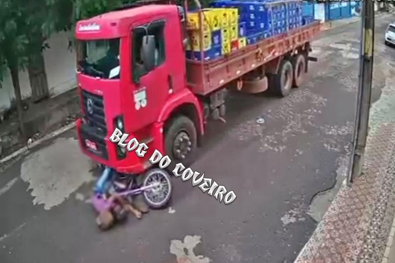 Colisão entre moto e caminhão deixa idoso com perna fraturada em Cocal - Imagem 1