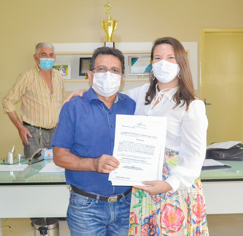 Prefeito Genival Bezerra empossa sete novos professores para Rede Municipal de Ensino - Imagem 9