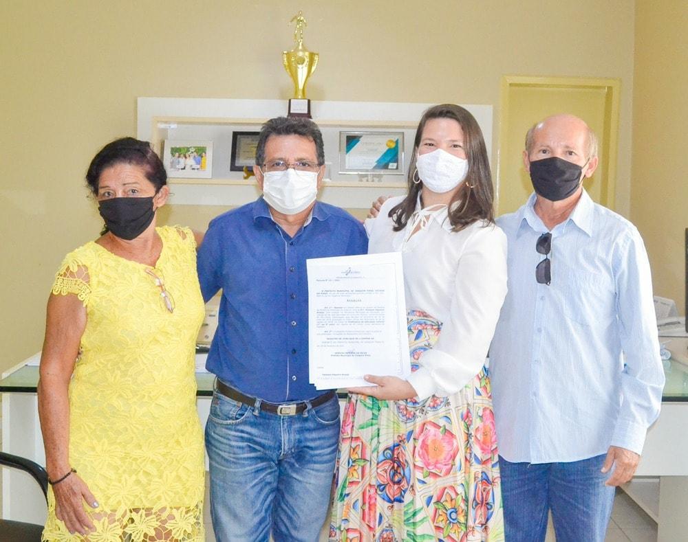 Prefeito Genival Bezerra empossa sete novos professores para Rede Municipal de Ensino - Imagem 7