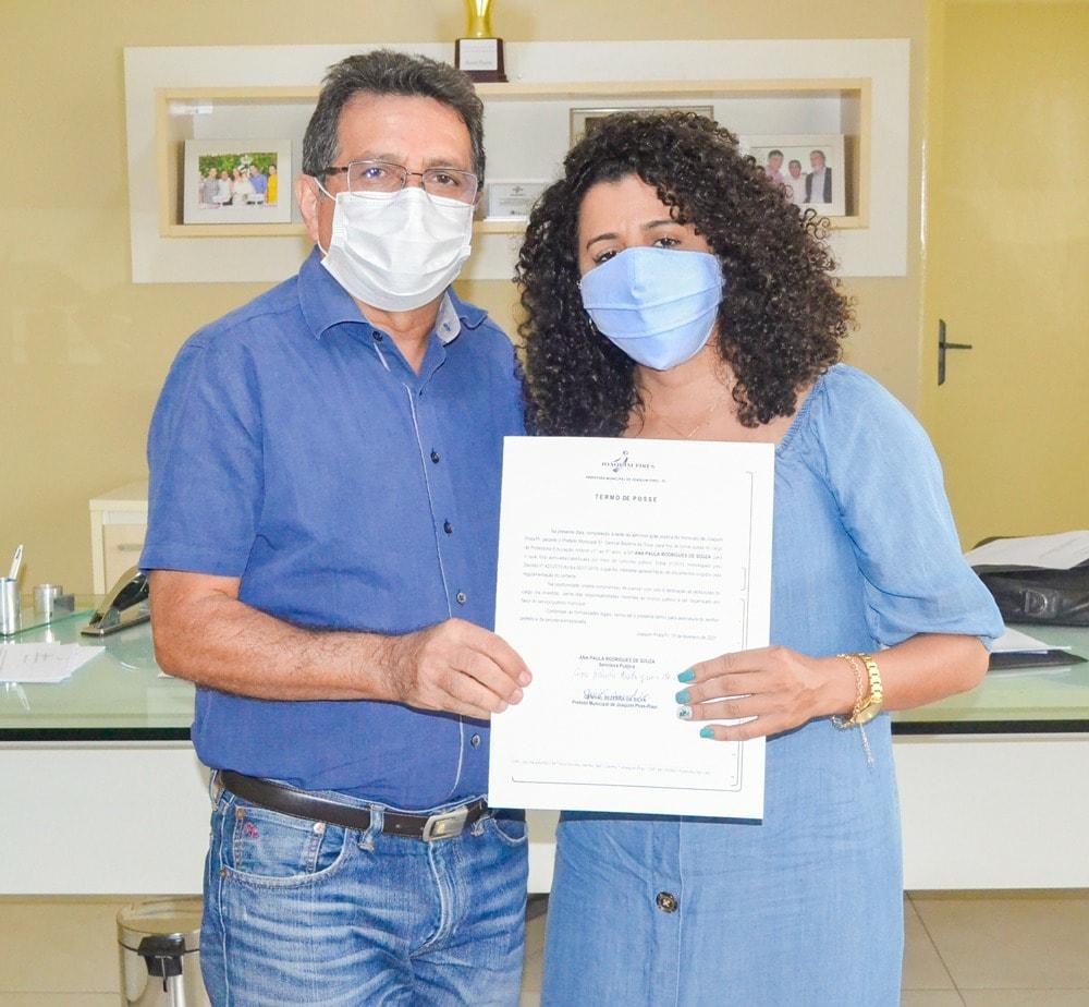 Prefeito Genival Bezerra empossa sete novos professores para Rede Municipal de Ensino - Imagem 6