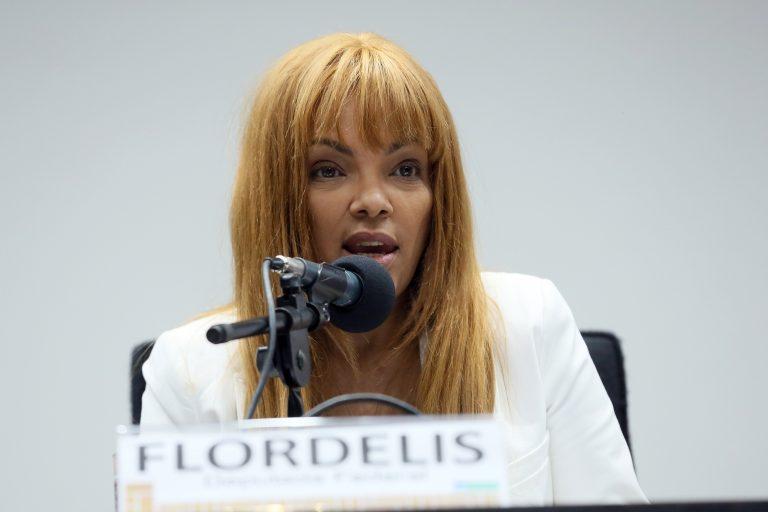 Flordelis é internada após TJ decidir afastá-la do cargo de deputada