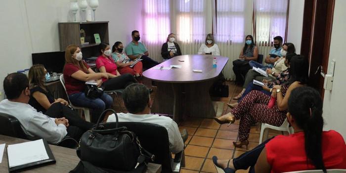 Secretários de Valença se reúnem para discutir pontos do decreto municipal