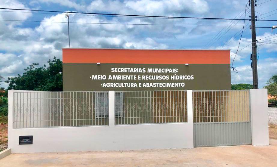 Prefeito Genival Bezerra inaugura sede da SMARH e SMA - Imagem 1