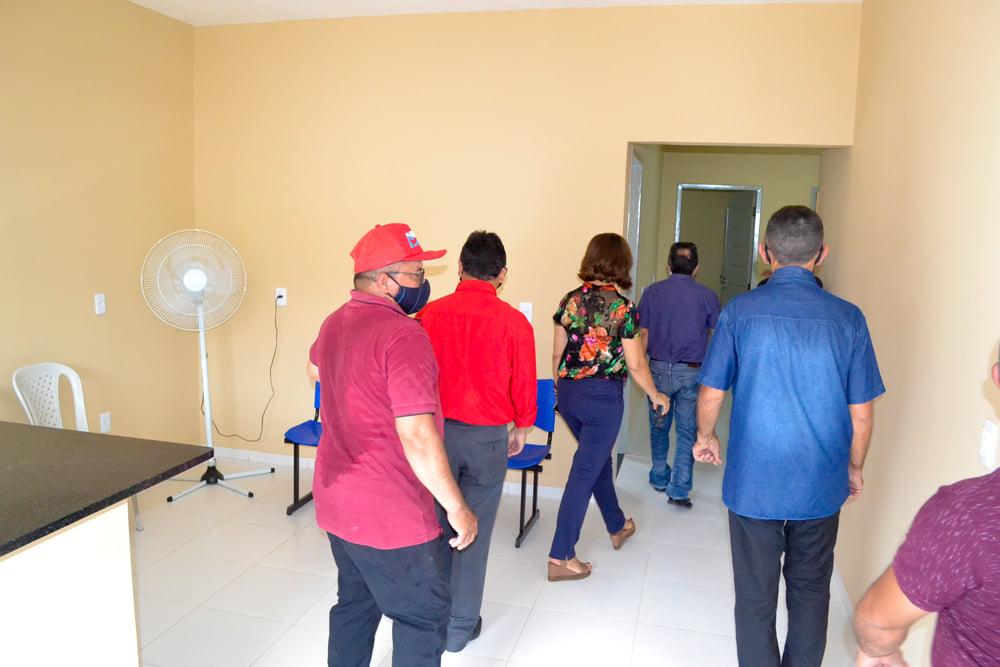 Prefeito Genival Bezerra inaugura sede da SMARH e SMA - Imagem 13