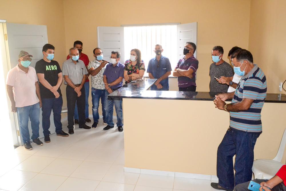 Prefeito Genival Bezerra inaugura sede da SMARH e SMA - Imagem 7