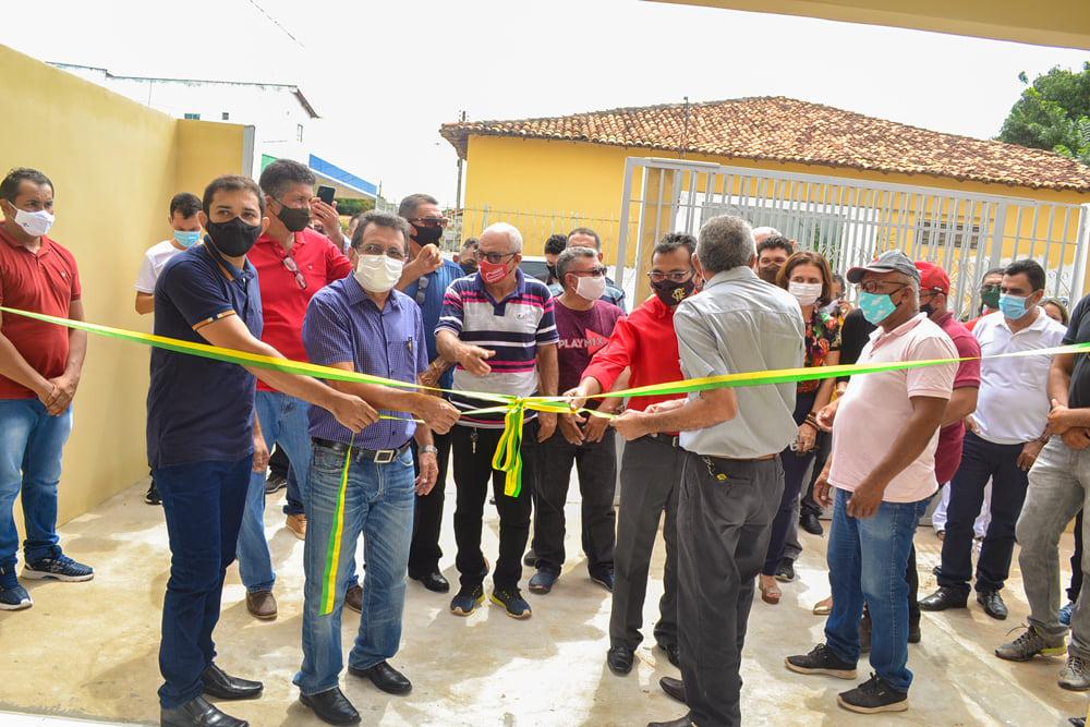 Prefeito Genival Bezerra inaugura sede da SMARH e SMA - Imagem 4
