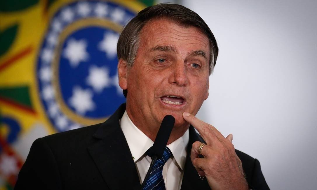 Auxílio emergencial: Jair Bolsonaro cogita quatro parcelas de R$ 250 Foto: Pablo Jacob / Agência O Globo