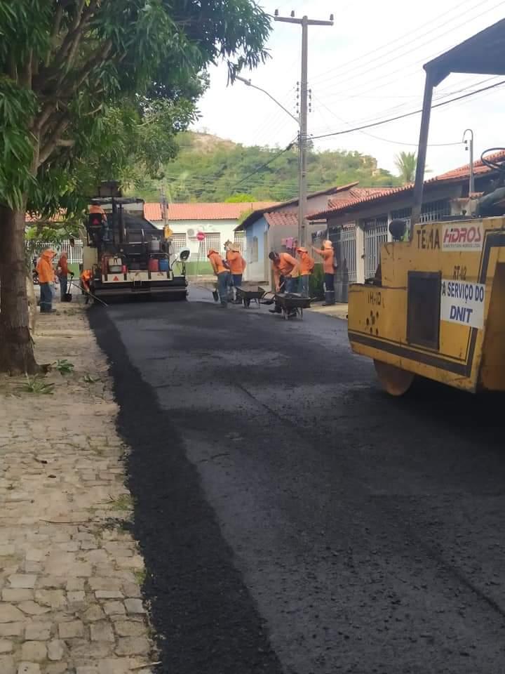 """Em Monsenhor Gil e região, João Luiz já é chamado como """"prefeito construtor"""" - Imagem 1"""