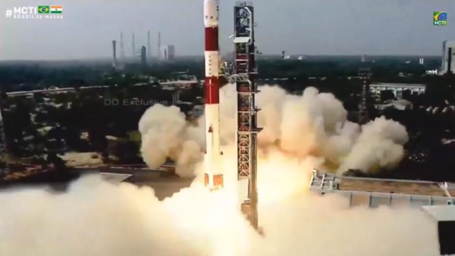 Primeiro satélite brasileiro chega à órbita e já transmite dados - Imagem 4