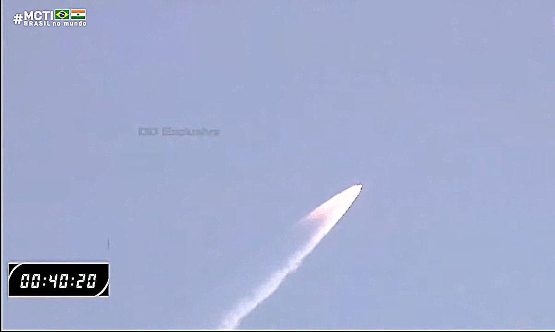 Primeiro satélite brasileiro chega à órbita e já transmite dados - Imagem 3