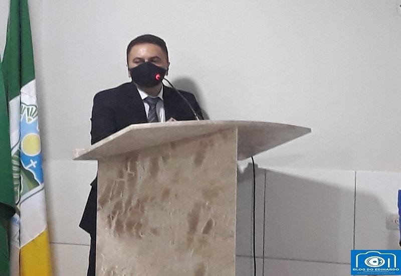 Milton Brandão: Prefeito Evangelista Resende, participa de Sessão Solene e diz em discurso que trabalhará em parceria com todos vereadores  - Imagem 3
