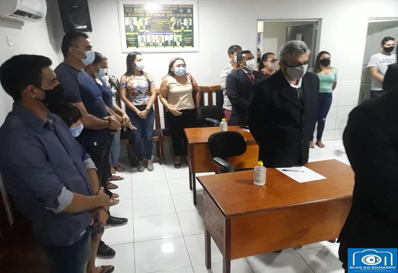 Milton Brandão: Prefeito Evangelista Resende, participa de Sessão Solene e diz em discurso que trabalhará em parceria com todos vereadores  - Imagem 12