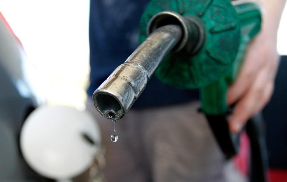 Bolsonaro sugere valor fixo para o ICMS para baratear combustível - Imagem 1