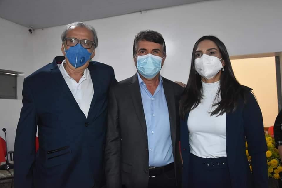 Prefeito João Luiz participa da abertura do Ano Legislativo em Monsenhor Gil - Imagem 6