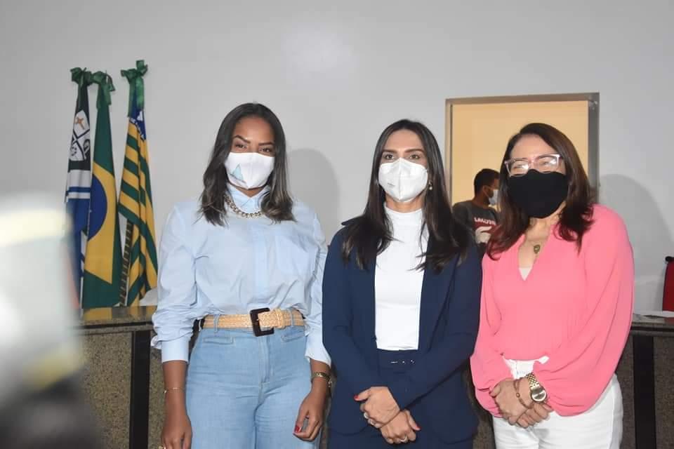 Prefeito João Luiz participa da abertura do Ano Legislativo em Monsenhor Gil - Imagem 7