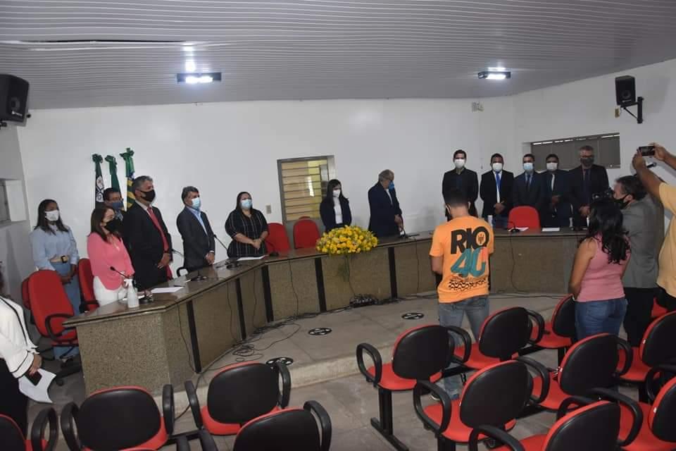 Prefeito João Luiz participa da abertura do Ano Legislativo em Monsenhor Gil - Imagem 17