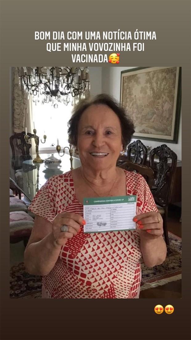 Mãe de Gugu Liberato é vacinada contra a Covid-19 em SP - Imagem 1