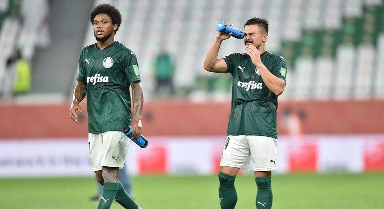 """Palmeirenses pedem """"cabeça erguida"""" e miram decisão contra o Grêmio, pela Copa do Brasil- NOUSHAD THEKKAYIL/EFE/EPA"""