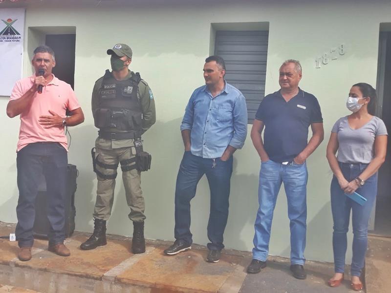 Milton Brandão: Prefeito Evangelista Resende, cria, equipa e entrega Secretaria Municipal de Segurança a população  - Imagem 5